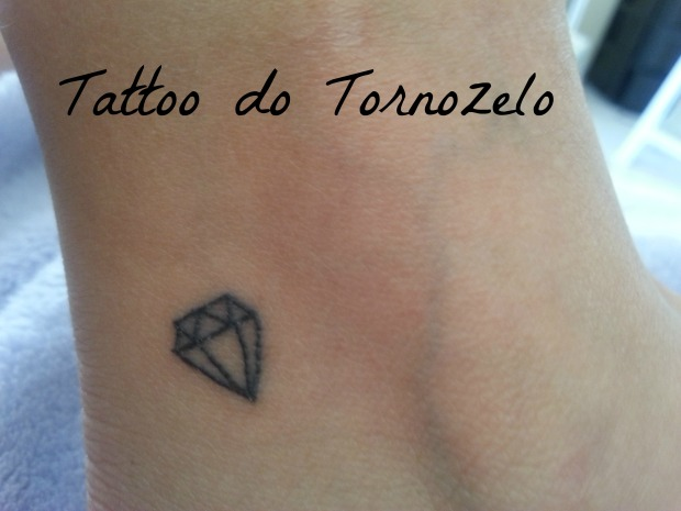 tattoo achilla lima diamante tornozelo