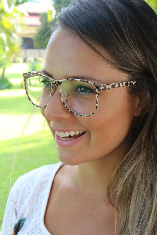oculos grande onçinha